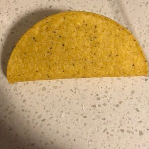 taco shell in great condition
